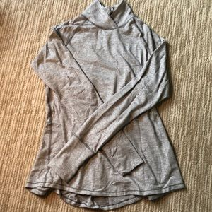 Lululemon gray/white mock neck sweatshirt